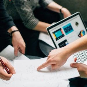 La psicologia sociale per il tuo business: 10 lezioni da imparare