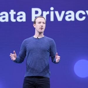 Facebook Employee Q&A in livestream, Mark risponde alle accuse