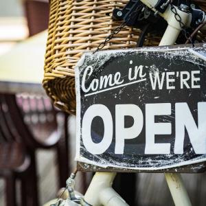 Riapertura dei negozi e Covid-19: Come ricominciare a vendere